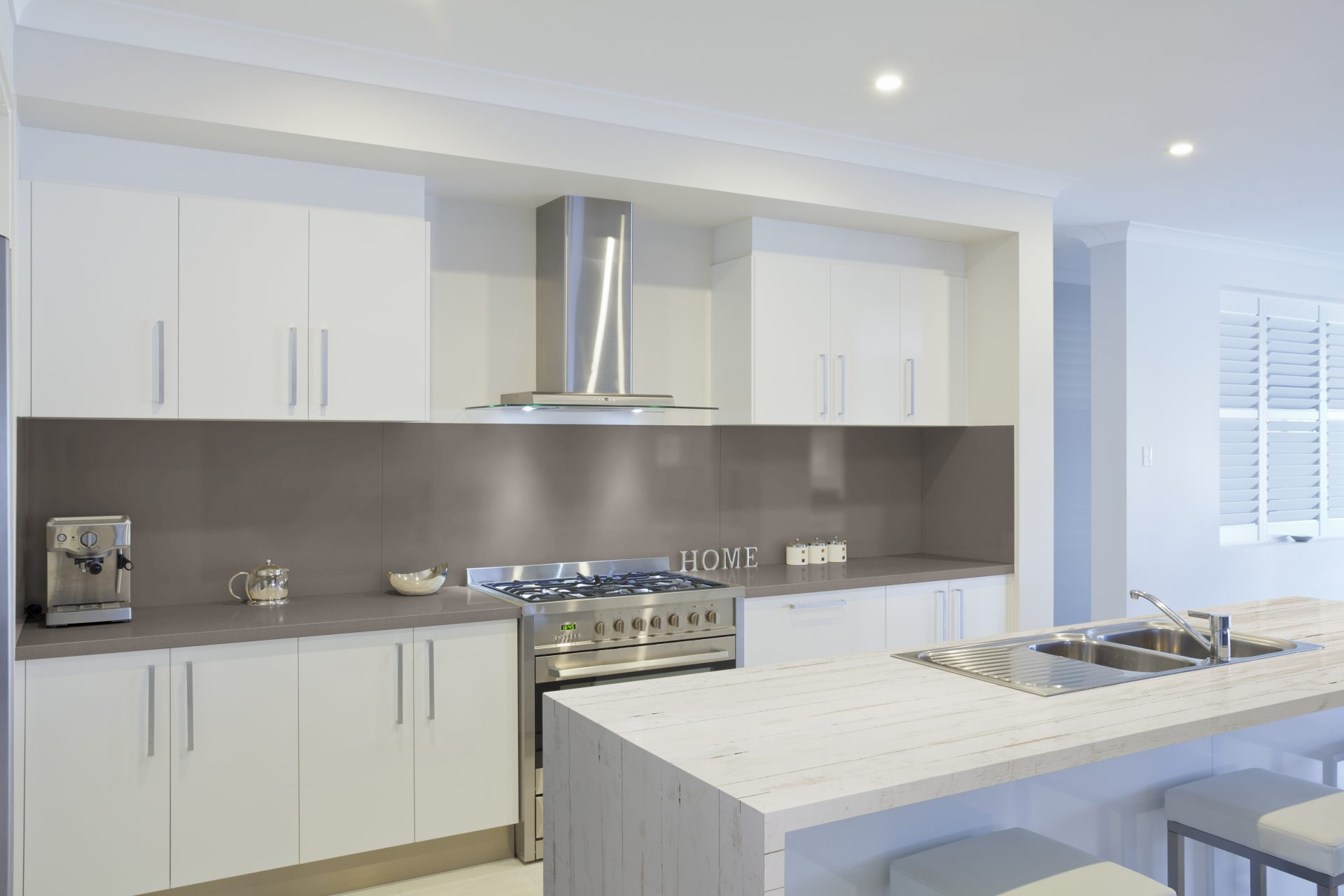 RS11074_Dekton Kitchen Makai y Galema - Color D